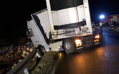 Verkehrsunfall Aufräumarbeiten, 05.12.2018